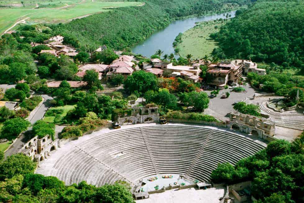 AltosdeChavon_Amphitheater-web